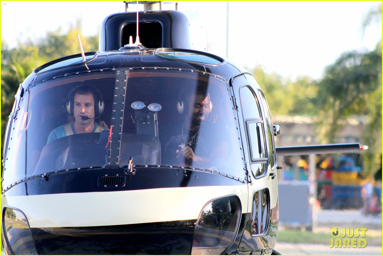 kanye west helicopter tour rio 243069107