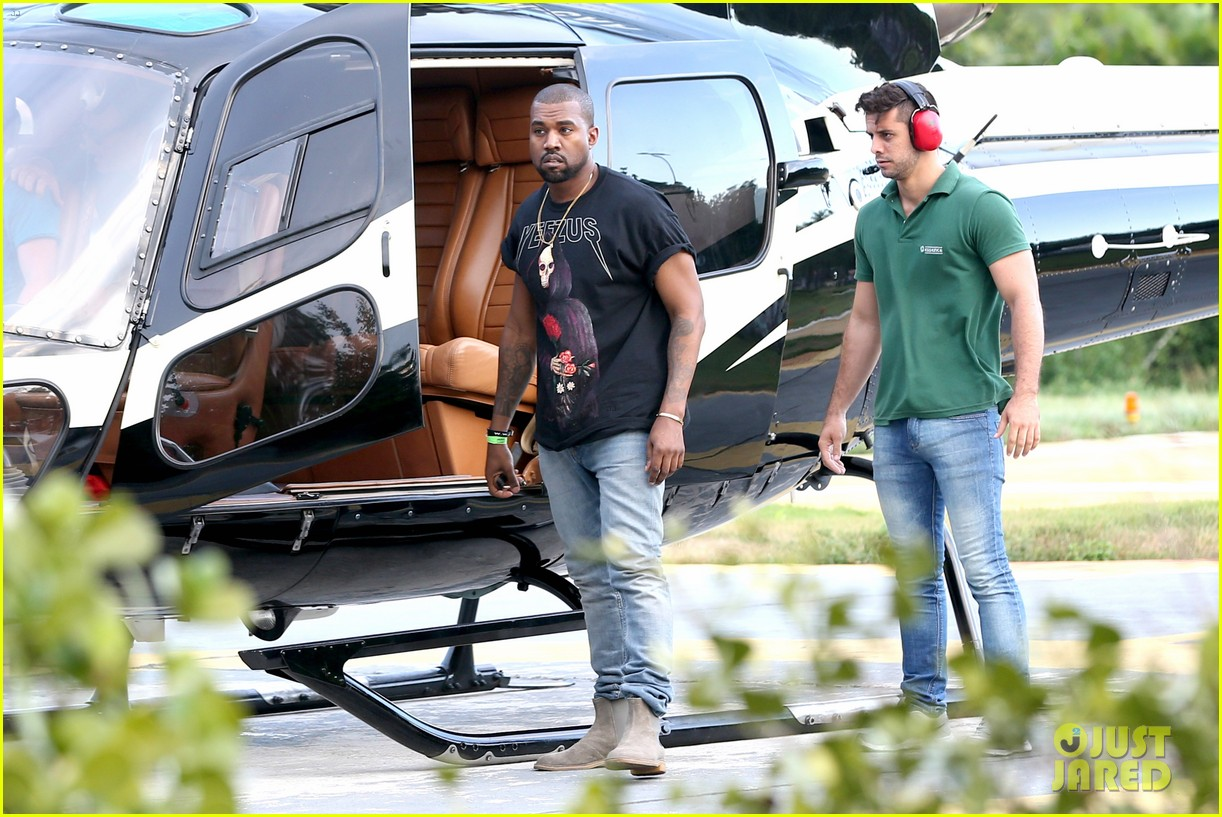 kanye west helicopter tour rio 253069108
