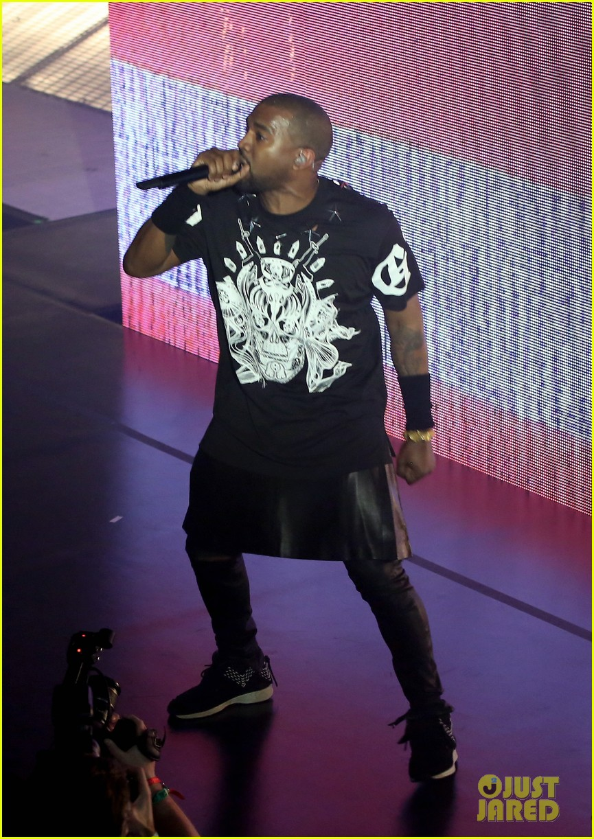 kanye west jay z duet otis gotta have it more at sxsw watch now 033071277