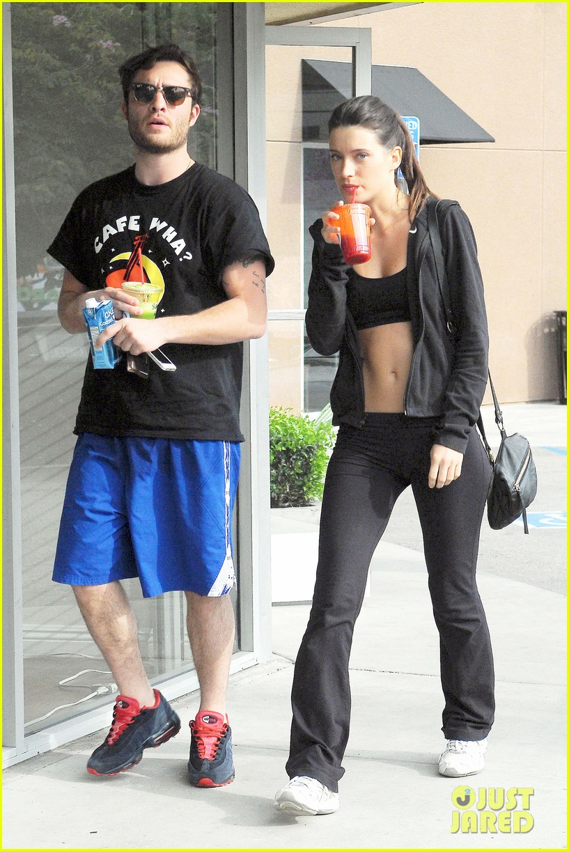ed westwick hits the gym with mystery gal with hot body 013070701