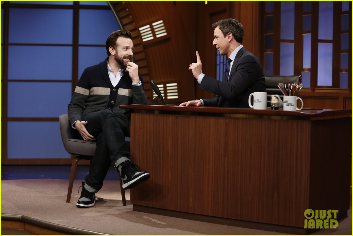 jason sudeikis makes snl castmates crack up 033075210