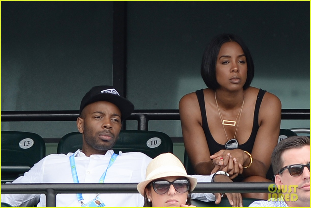 serena williams jacked physique helps her advance at sony open 173077103