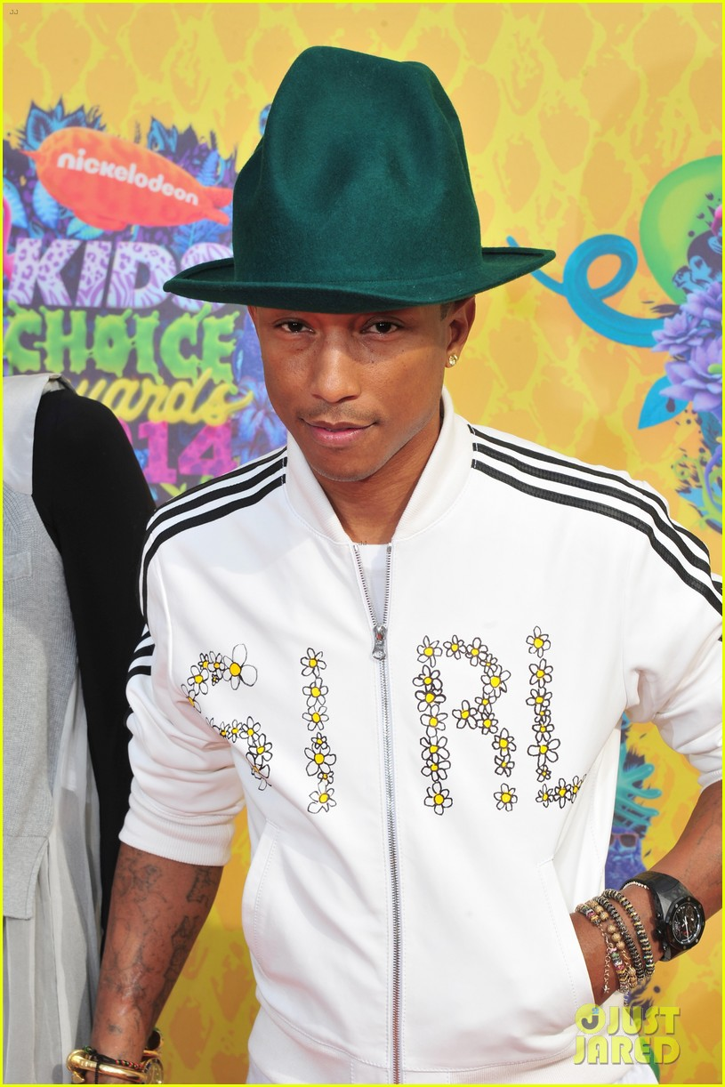 pharrell williams slimed kids choice awards 2014 063081291