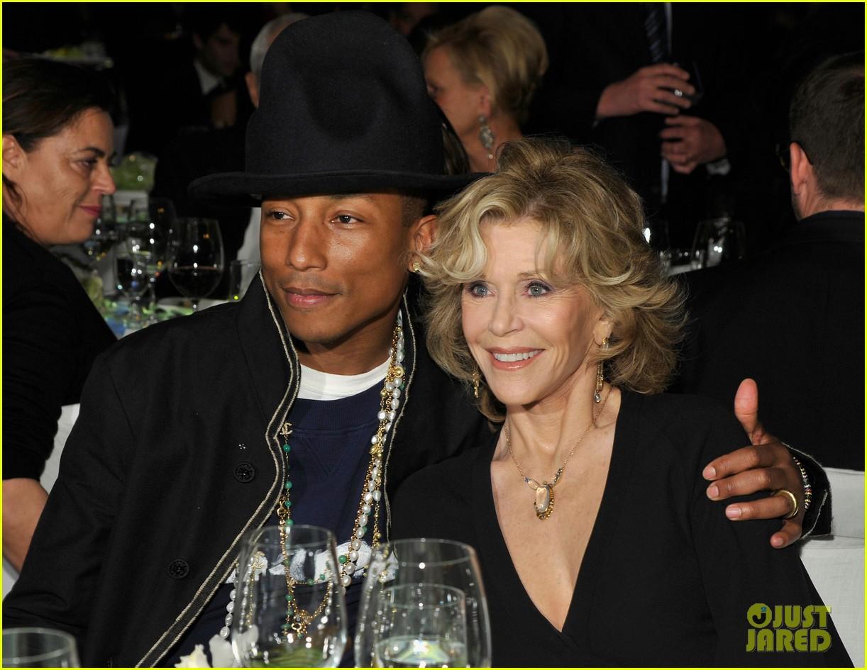 pharrell williams wife helen attend star studded moca gala 103081633