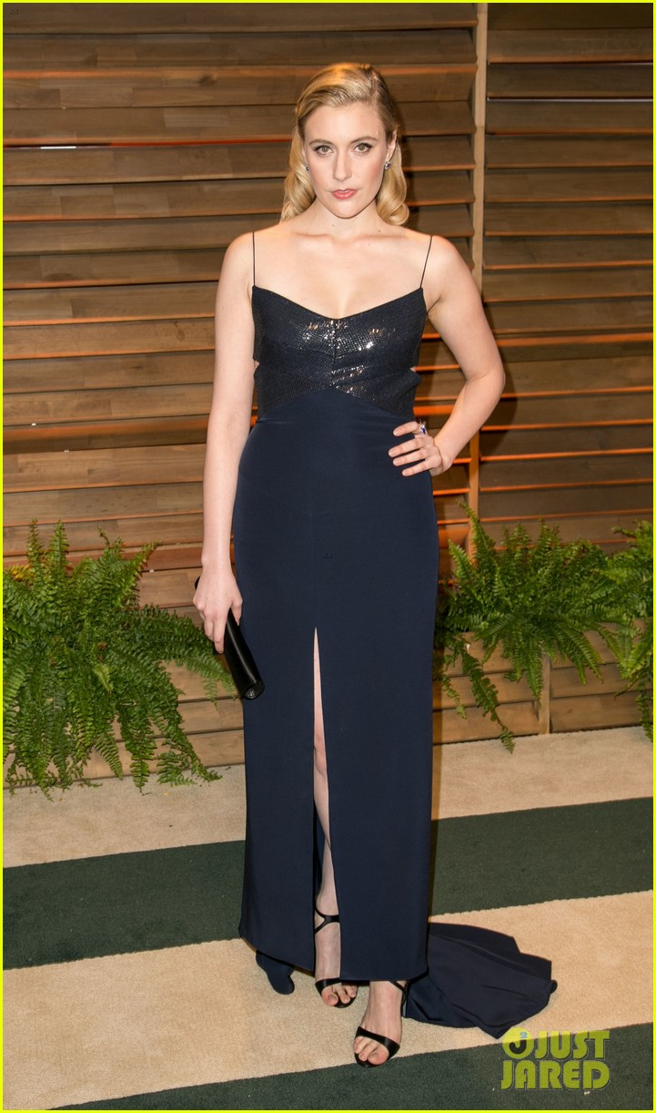 allison williams greta gerwig vanity fair oscars party 2014 023064702