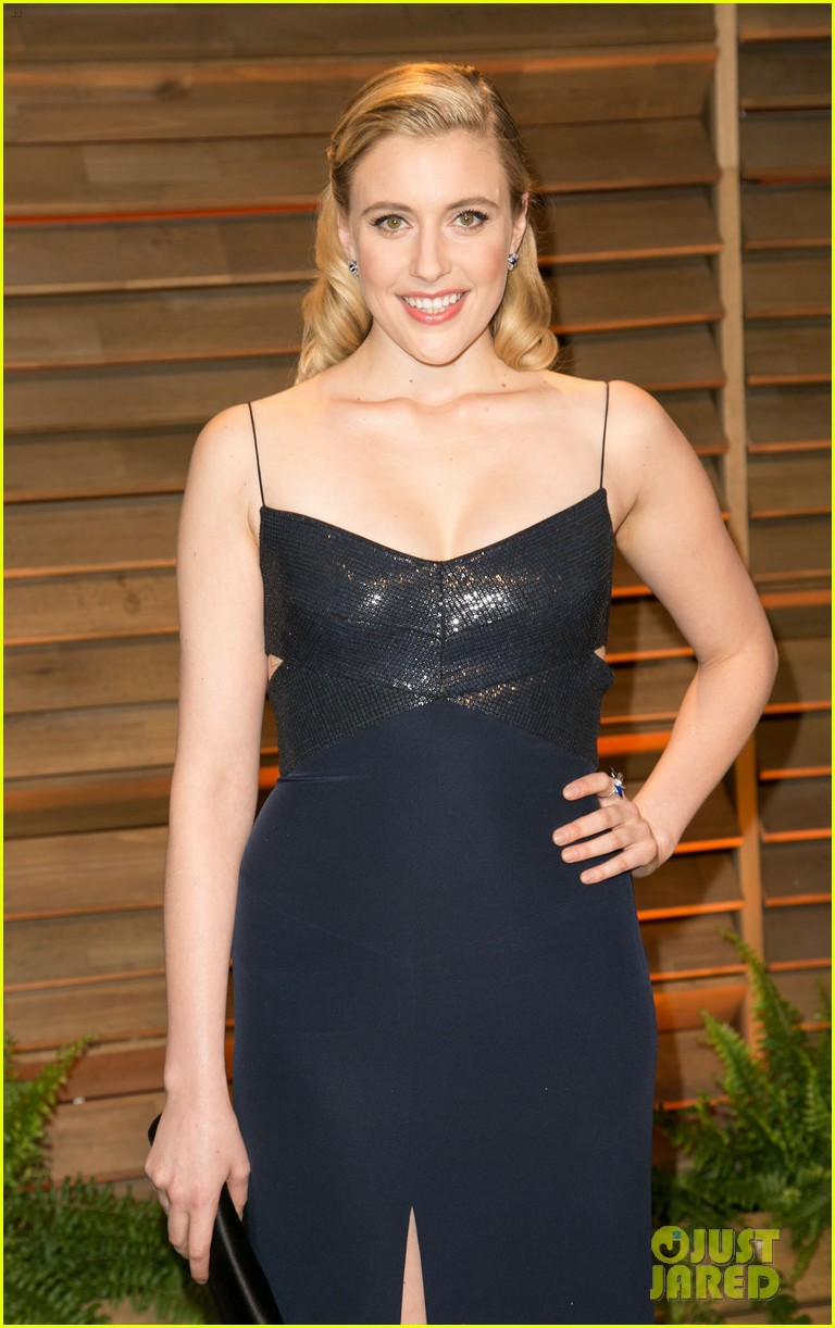 allison williams greta gerwig vanity fair oscars party 2014 043064704
