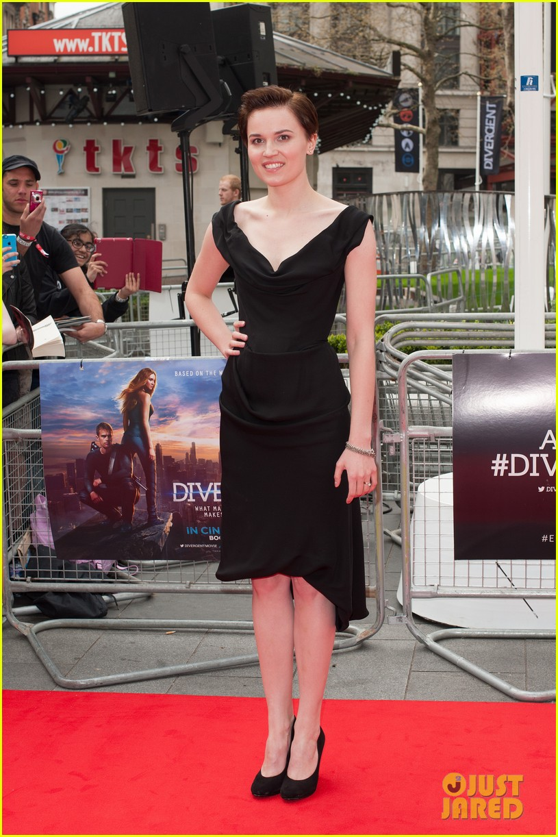 kate winselt gets support from husband ned rocknroll at divergent premiere 063081767