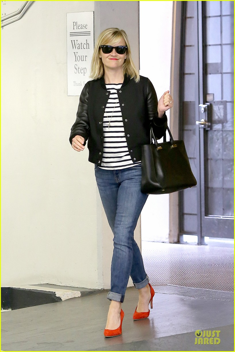 reese witherspoon bowling for 38th birthday 143078113
