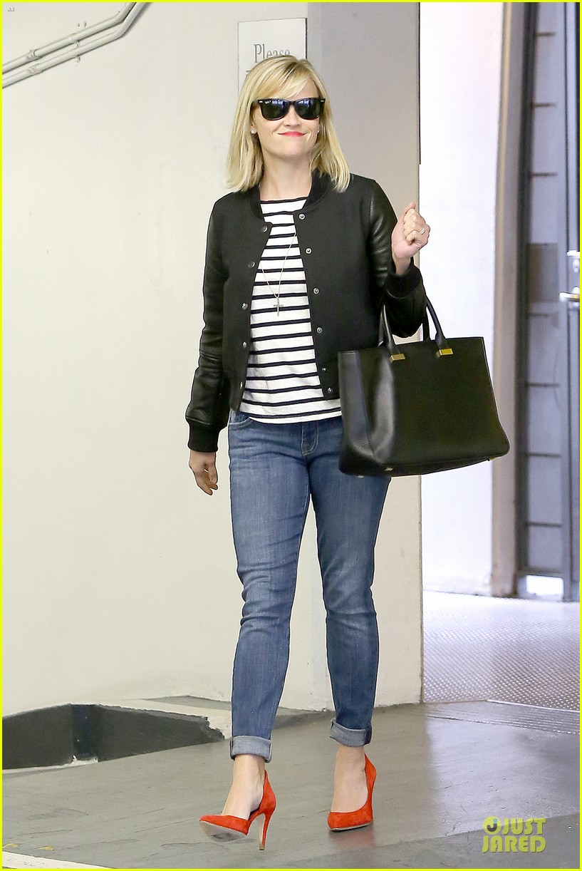 reese witherspoon bowling for 38th birthday 153078114