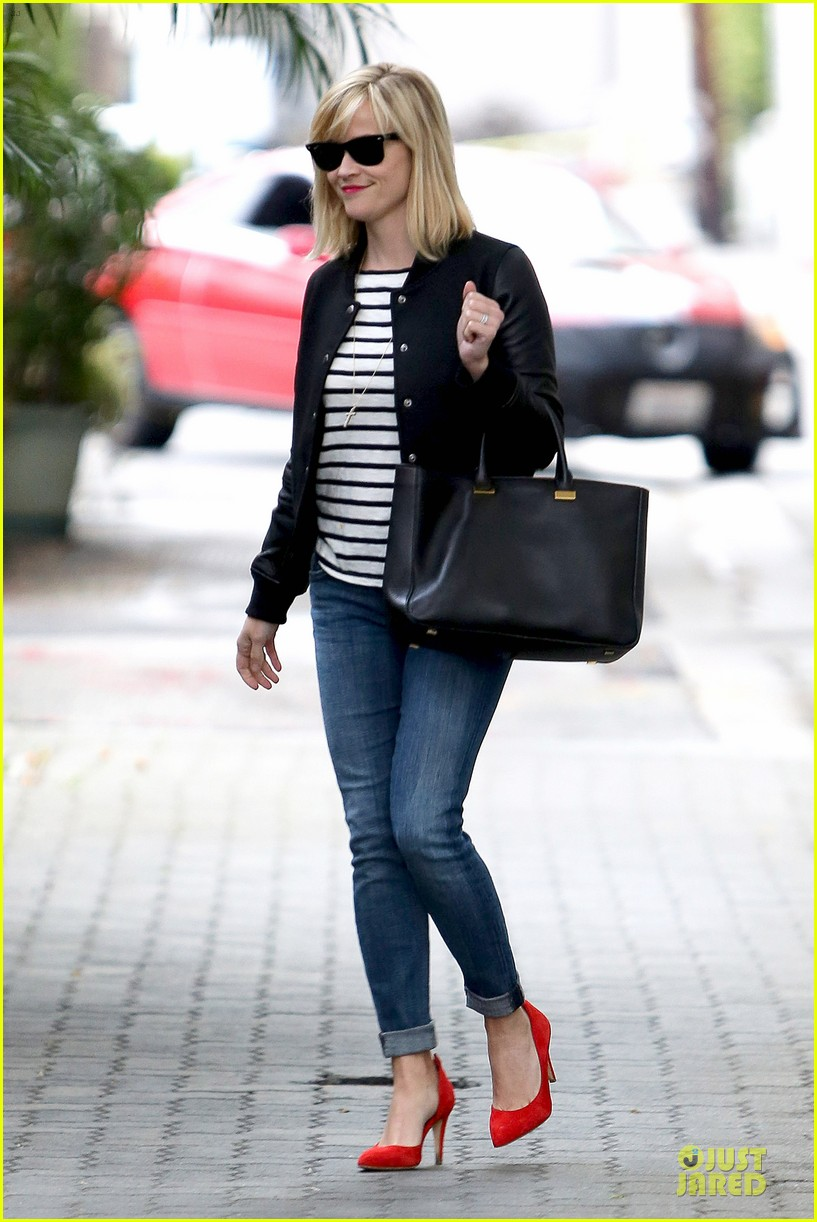 reese witherspoon bowling for 38th birthday 183078117