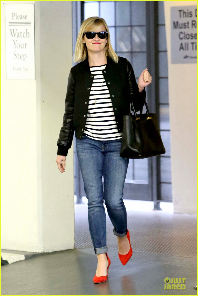 reese witherspoon bowling for 38th birthday 213078120