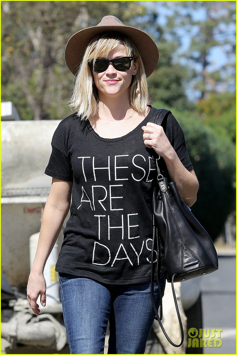 reese witherspoon these are the days 023070873