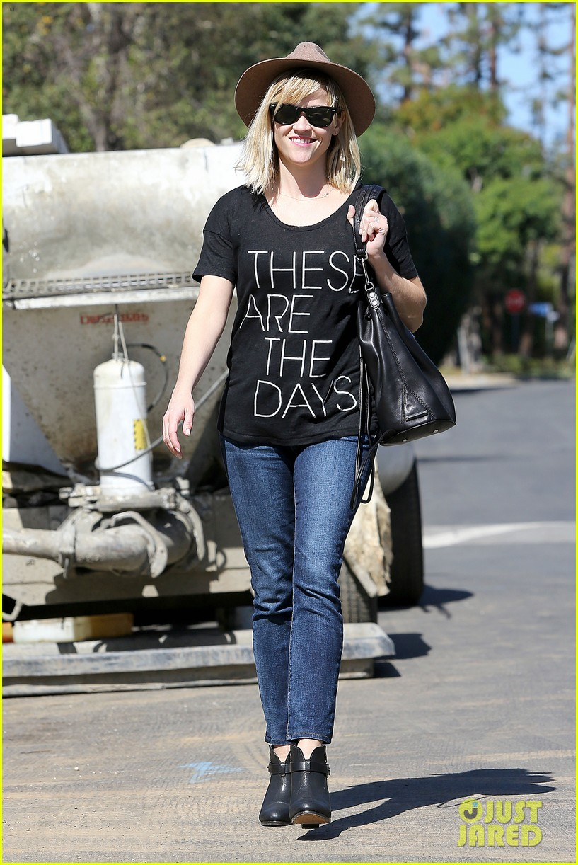 reese witherspoon these are the days 133070884
