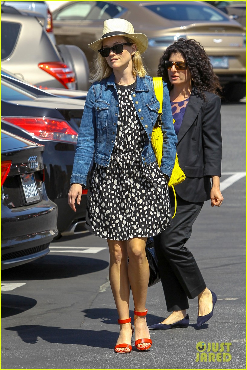 reese witherspoon starting lifestyle brand in 2015 033073918