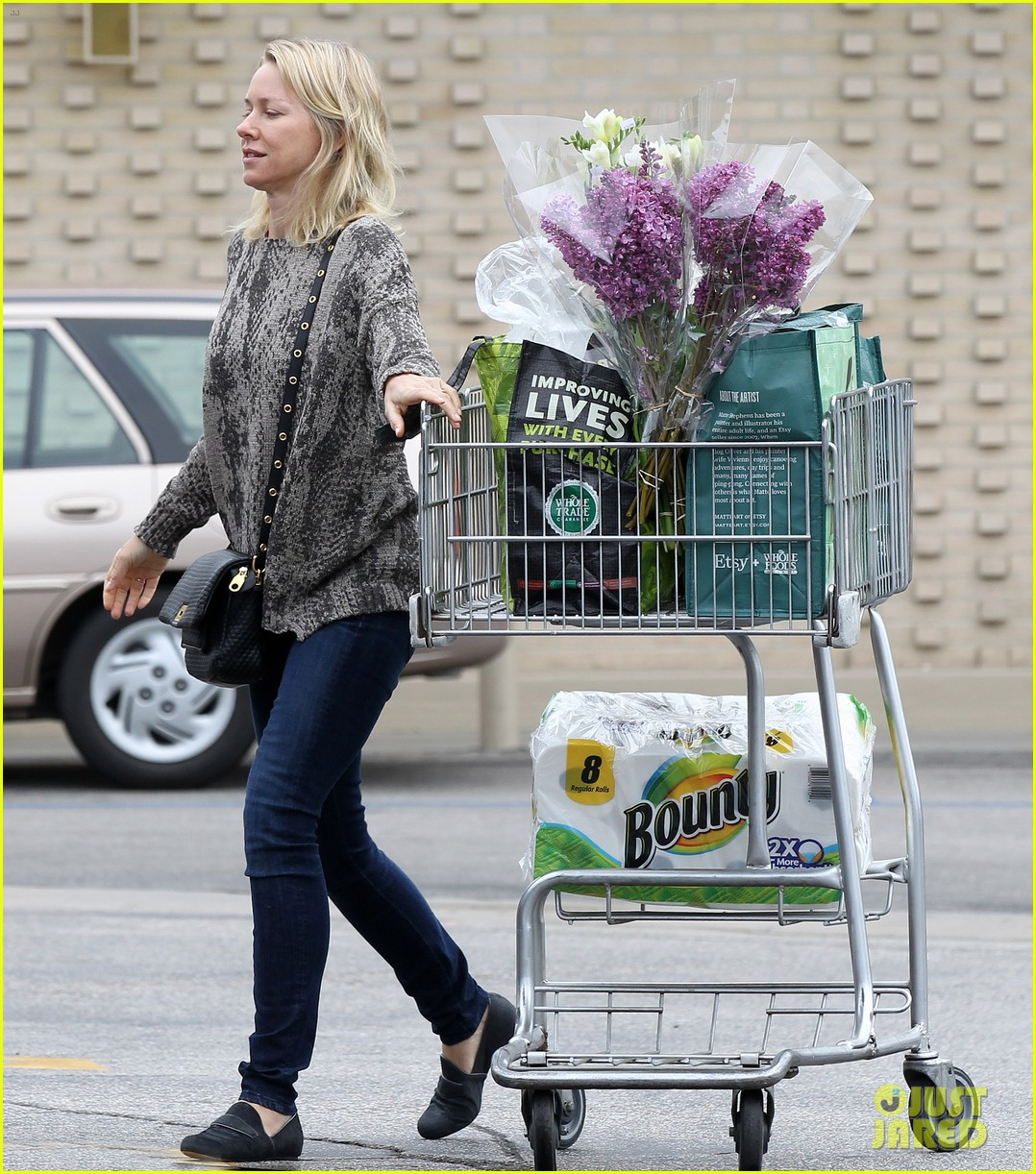 reese witherspoon naomi watts yoga partners 043079134