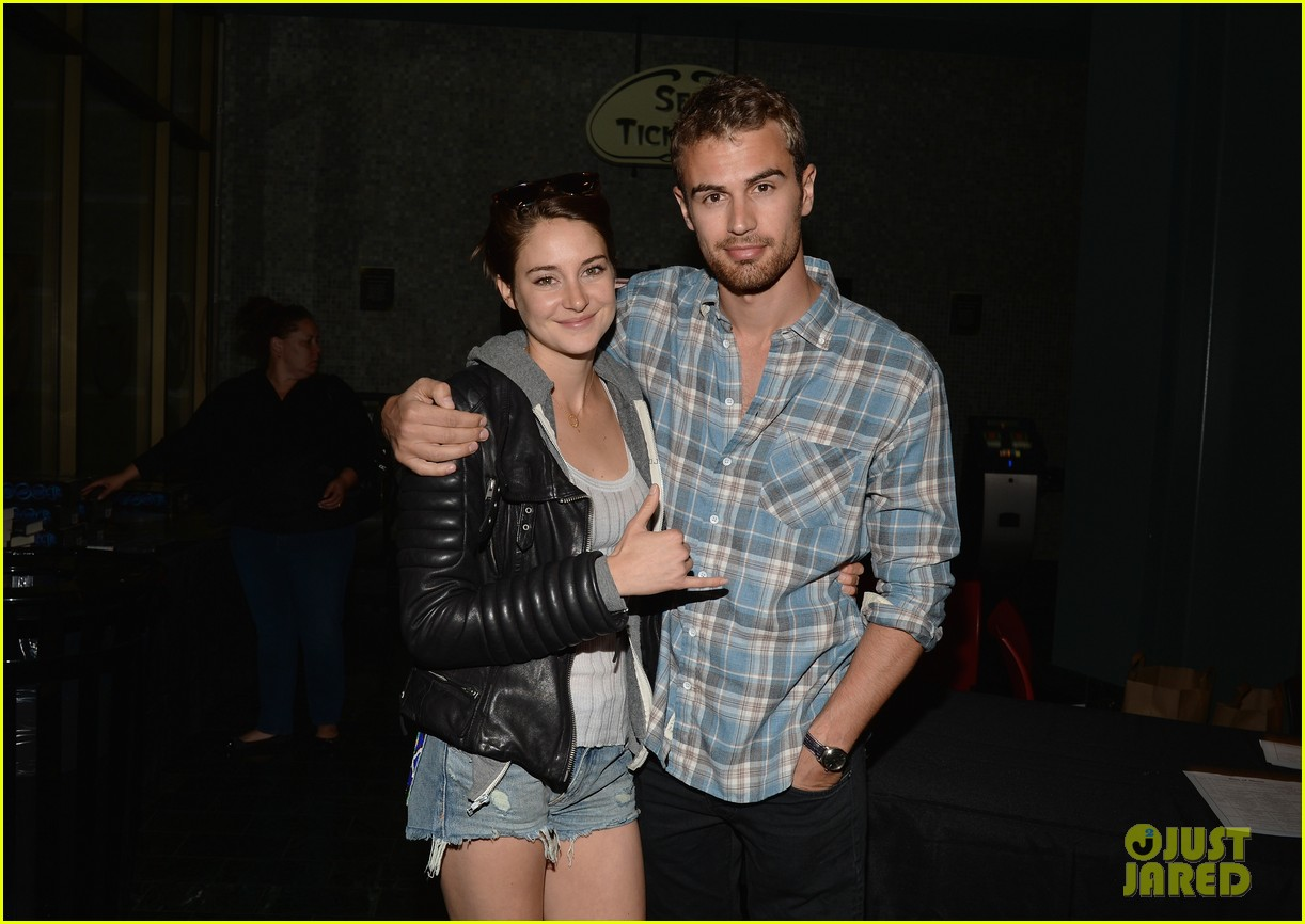 shailene woodley theo james all it takes divergent screening 093073783
