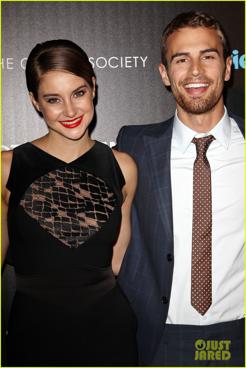 shailene woodley theo james divergent nyc screening 043075653
