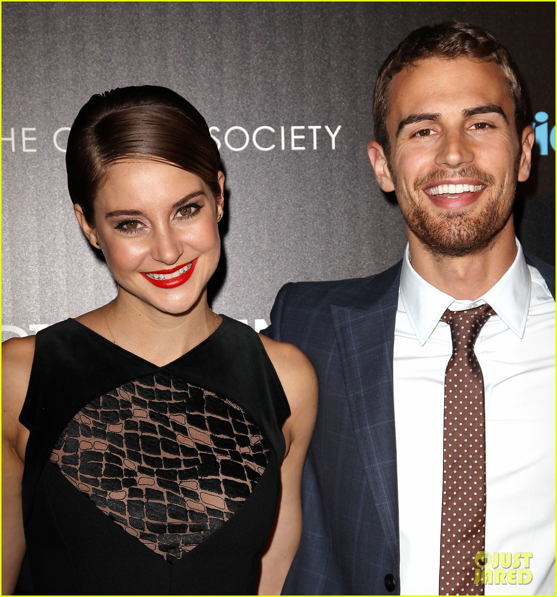 shailene woodley theo james divergent nyc screening 273075676