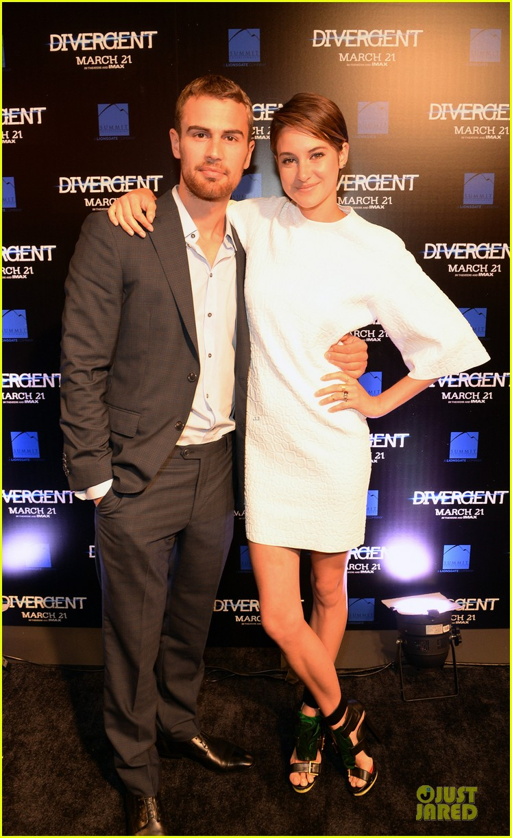 shailene woodley theo james are engrossed with divergent 033065578