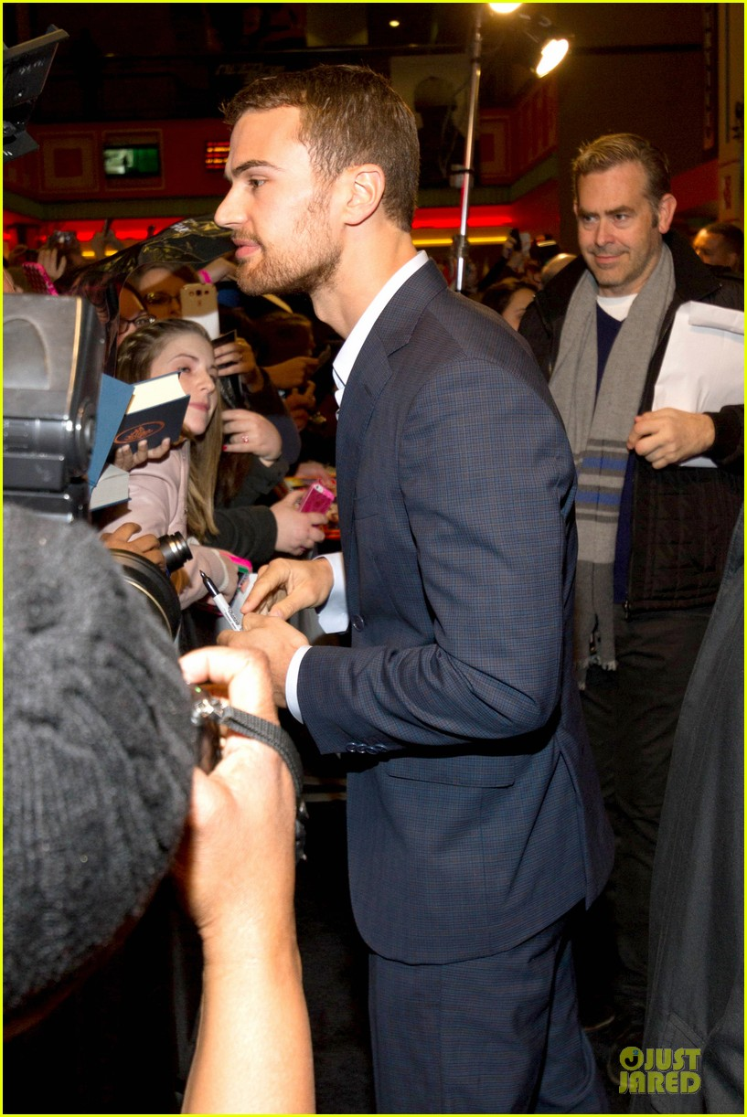 shailene woodley theo james are engrossed with divergent 193065594