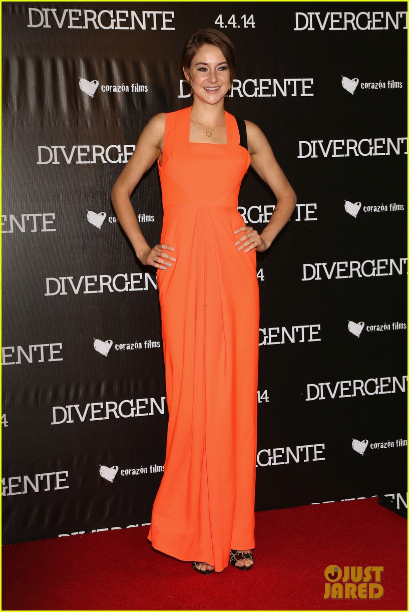 shailene woodley theo james take divergent to mexico 043078959