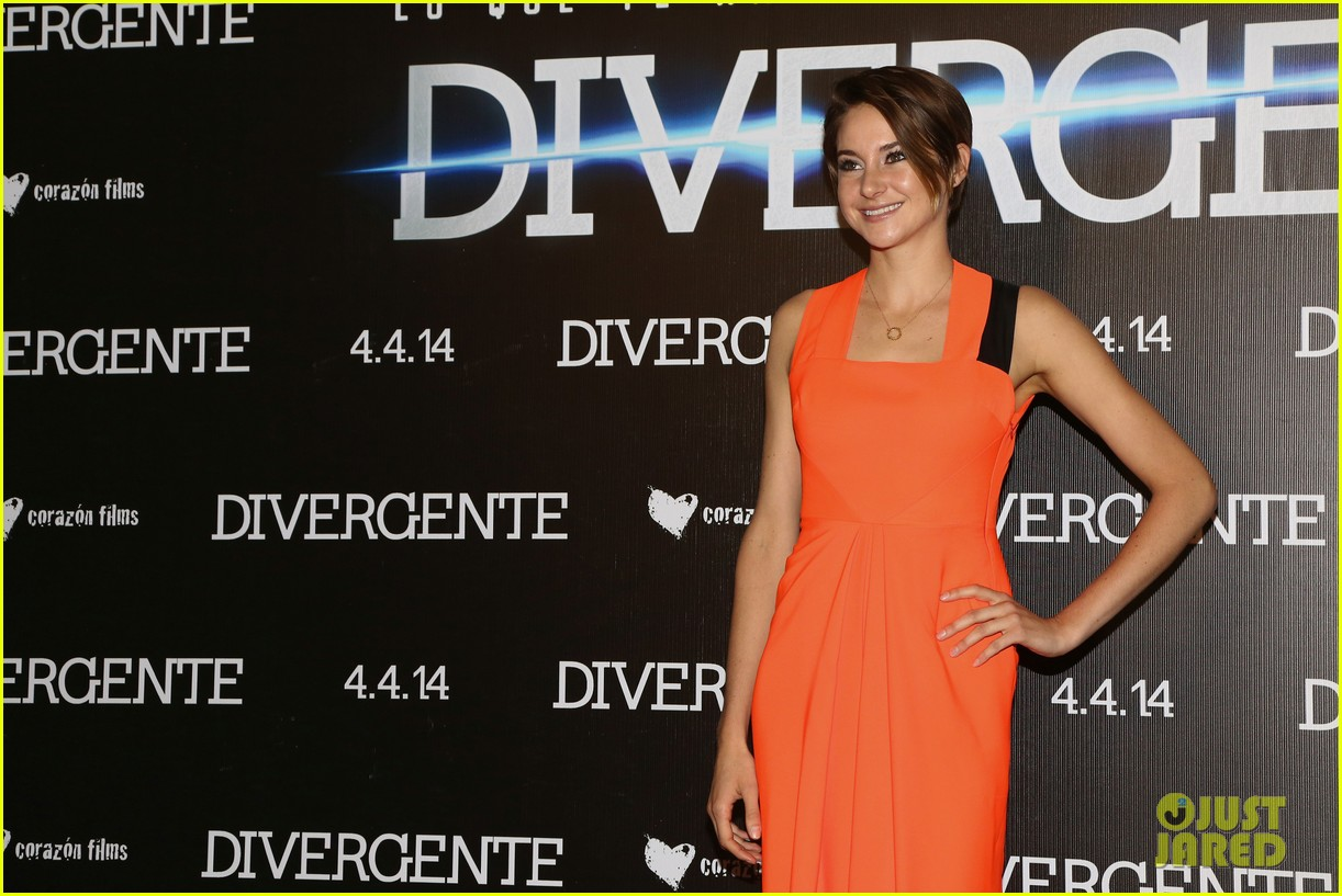 shailene woodley theo james take divergent to mexico 053078960