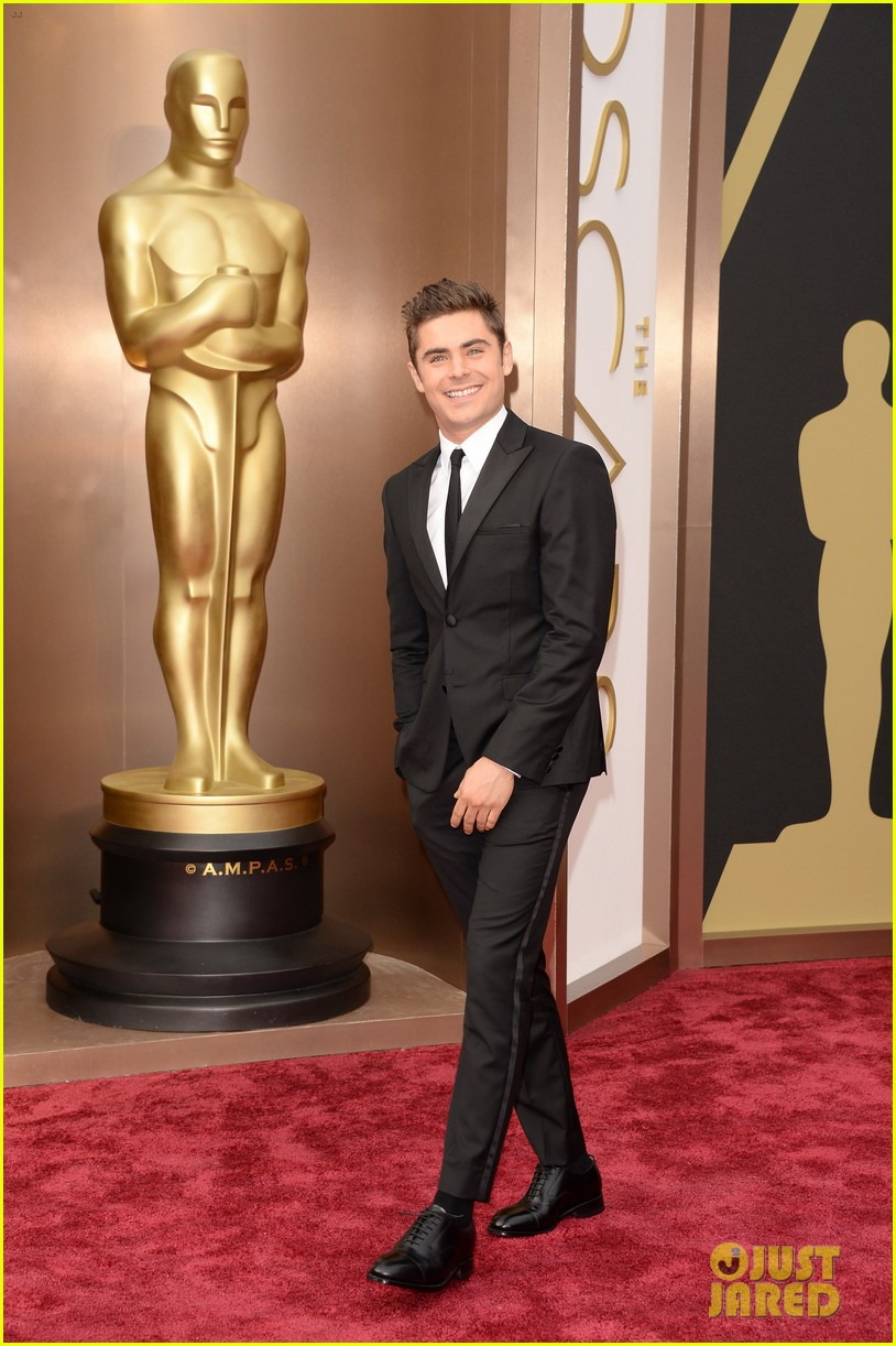 zac efron oscars 2014 red carpet 053064017