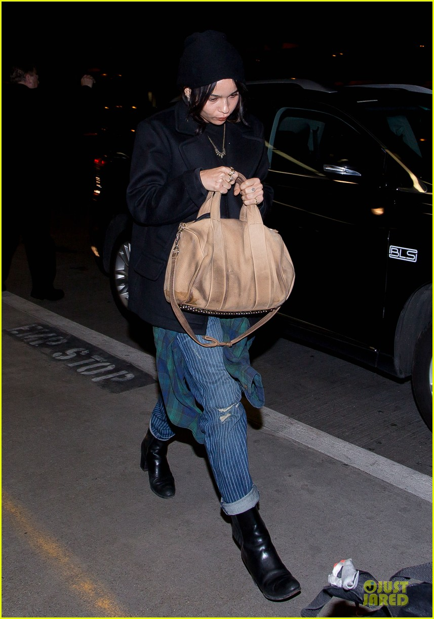 zoe kravitz theres more important things than who im dating 053066307