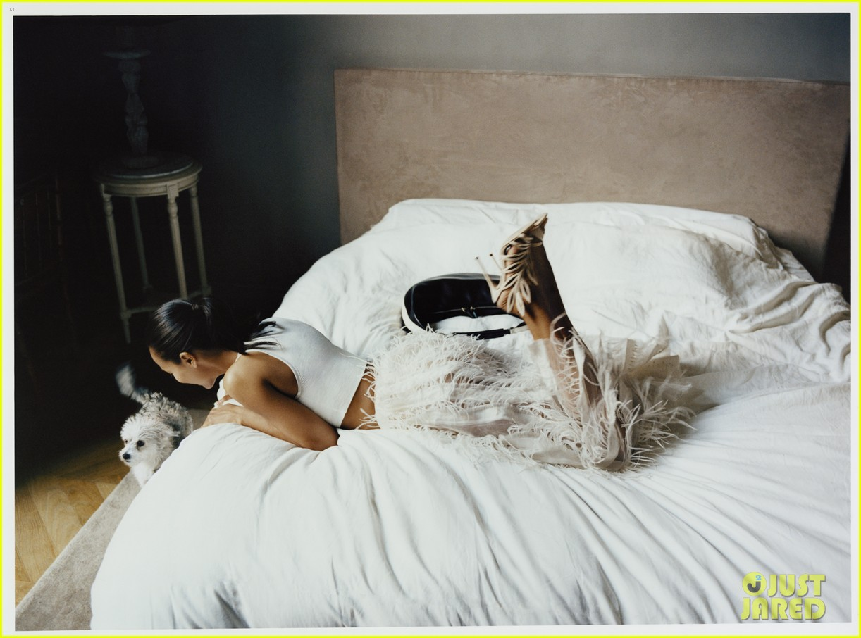 zoe saldana not private person discreet net a porter 063072901