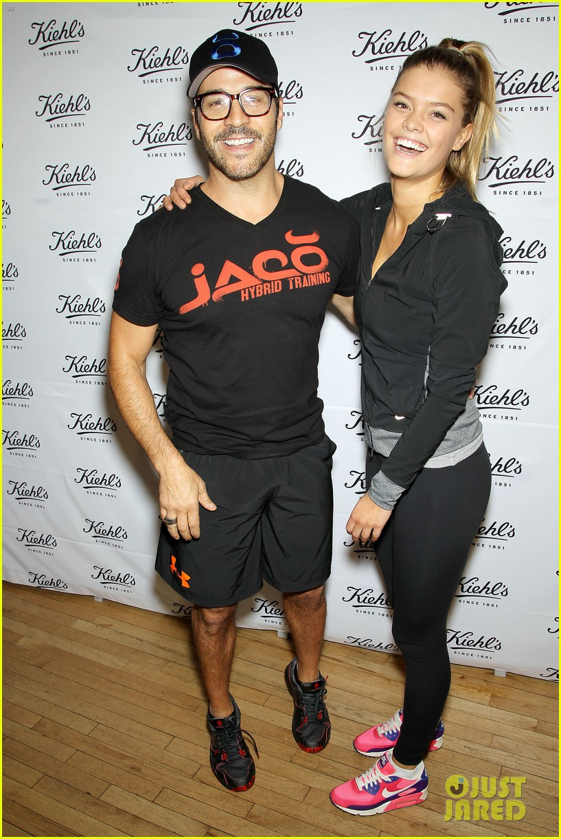 entourage jeremy piven nina agdal reunite for cycling fun 283094345