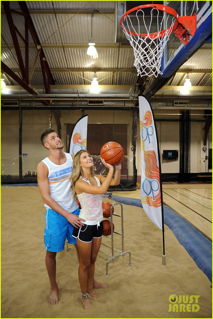 nina agdal shirtless hottie chandler parsons play basketball for ops spring kickoff 063082870