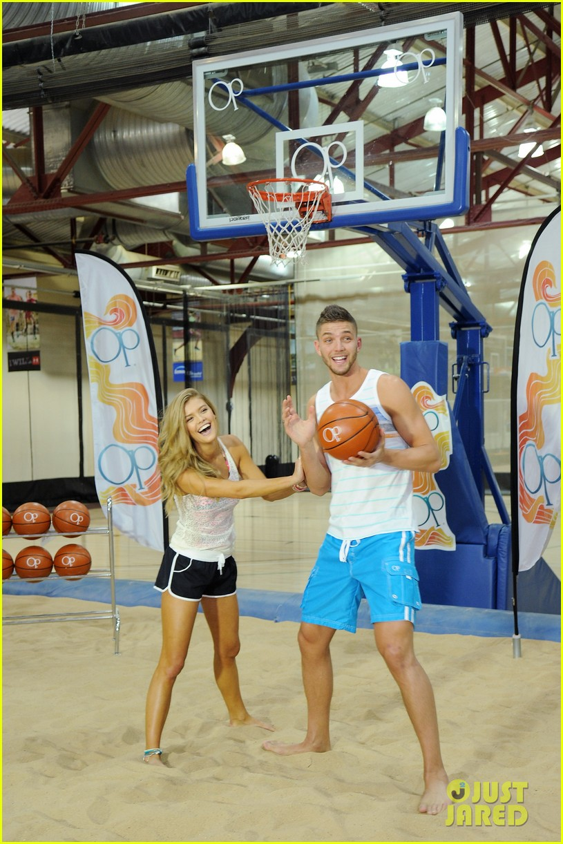 nina agdal shirtless hottie chandler parsons play basketball for ops spring kickoff 143082878