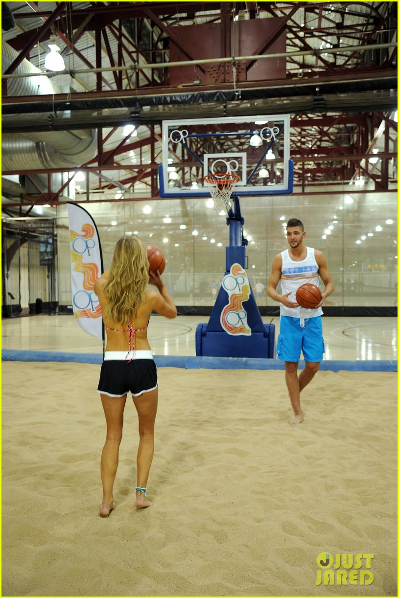 nina agdal shirtless hottie chandler parsons play basketball for ops spring kickoff 153082879