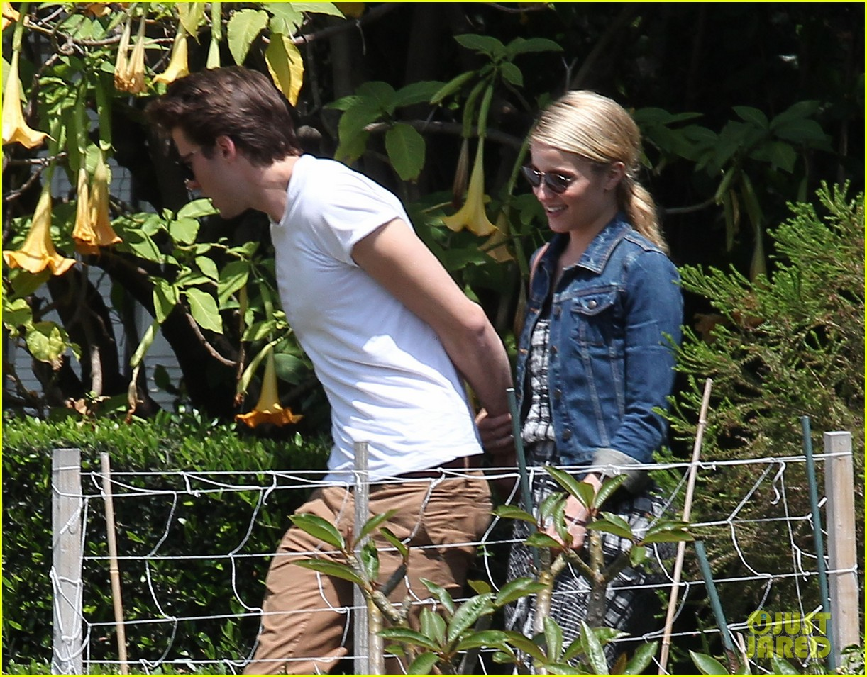dianna agron gets cozy with thomas cocquerel at lunch 043097171