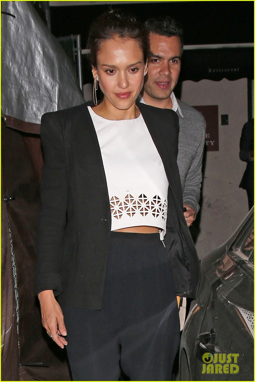 jessica alba celebrates 33rd birthday with husband cash warren 183101438