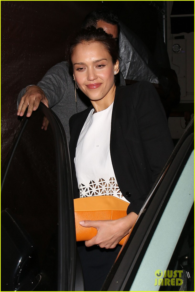 jessica alba celebrates 33rd birthday with husband cash warren 203101440