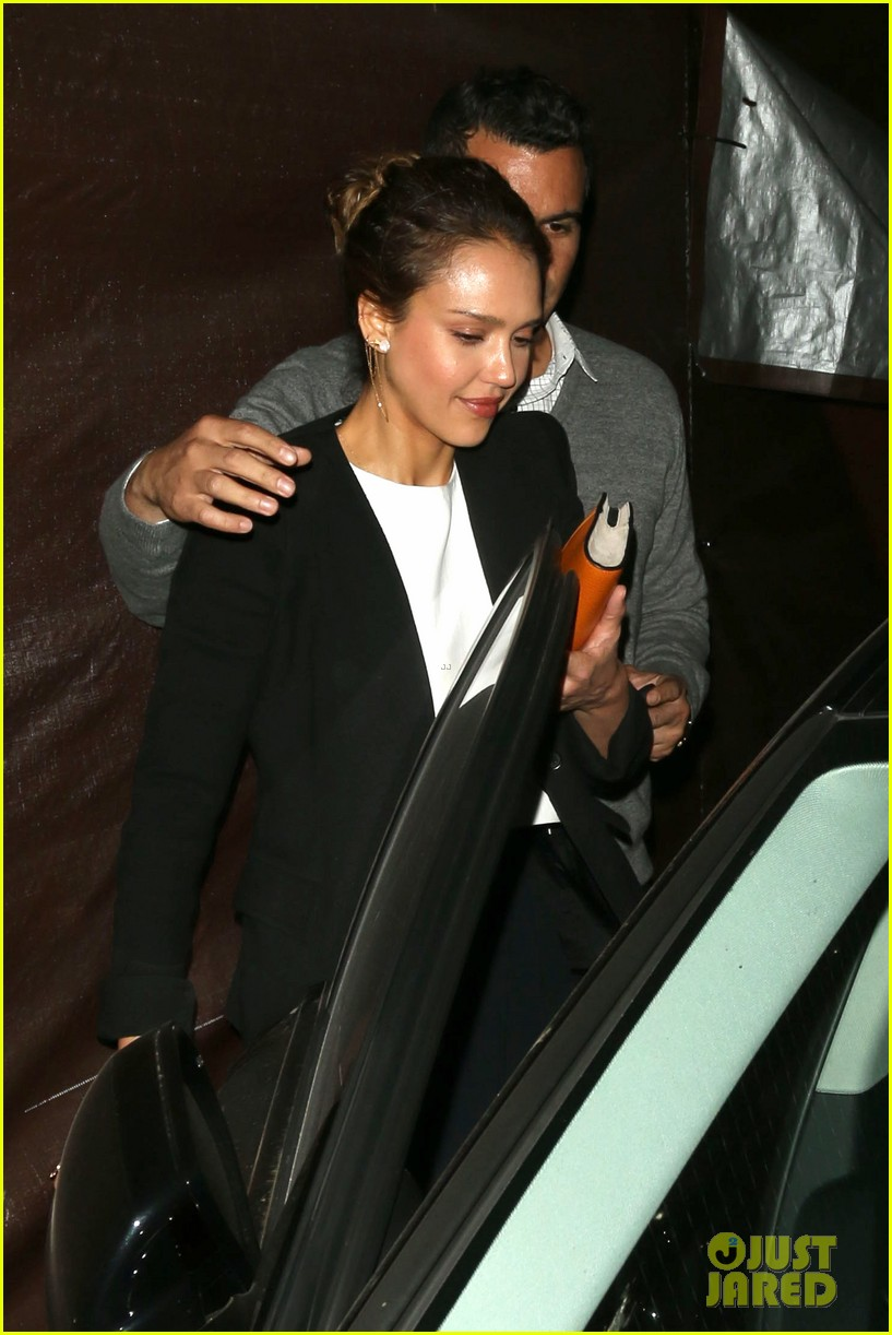 jessica alba celebrates 33rd birthday with husband cash warren 243101444