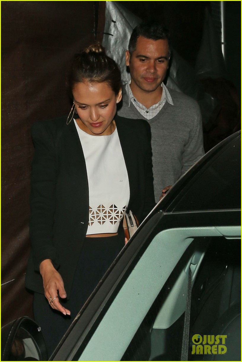 jessica alba celebrates 33rd birthday with husband cash warren 273101447