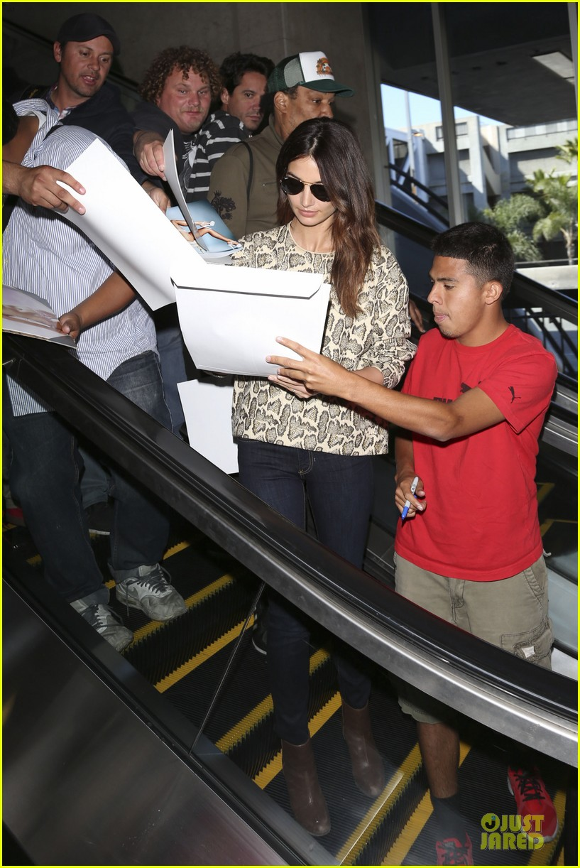 lily aldridge hair raising experience disneyland 073082591