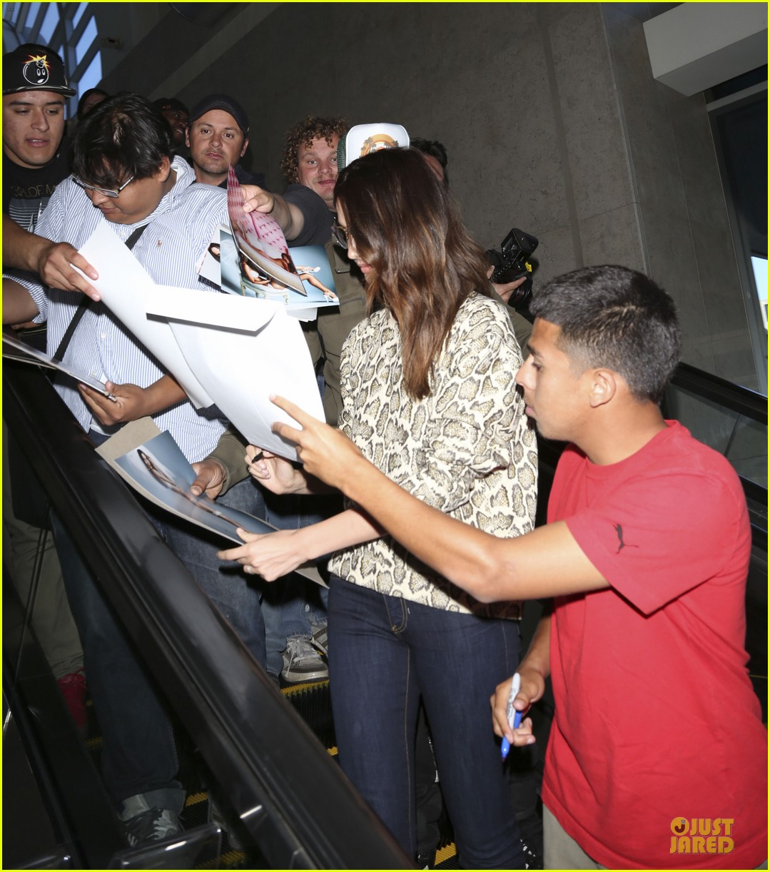 lily aldridge hair raising experience disneyland 15