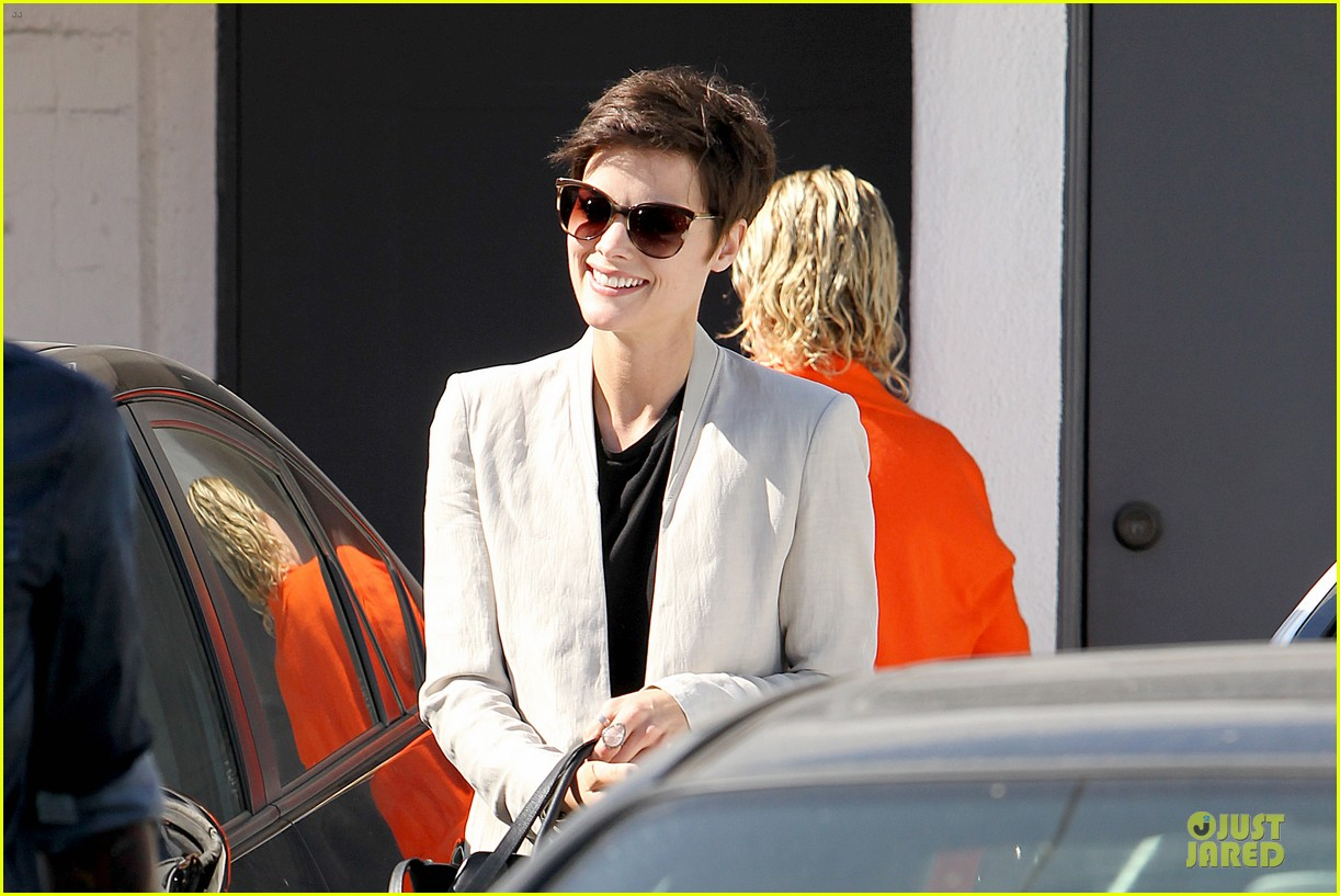 jaimie alexander goes back to brunette 103099674