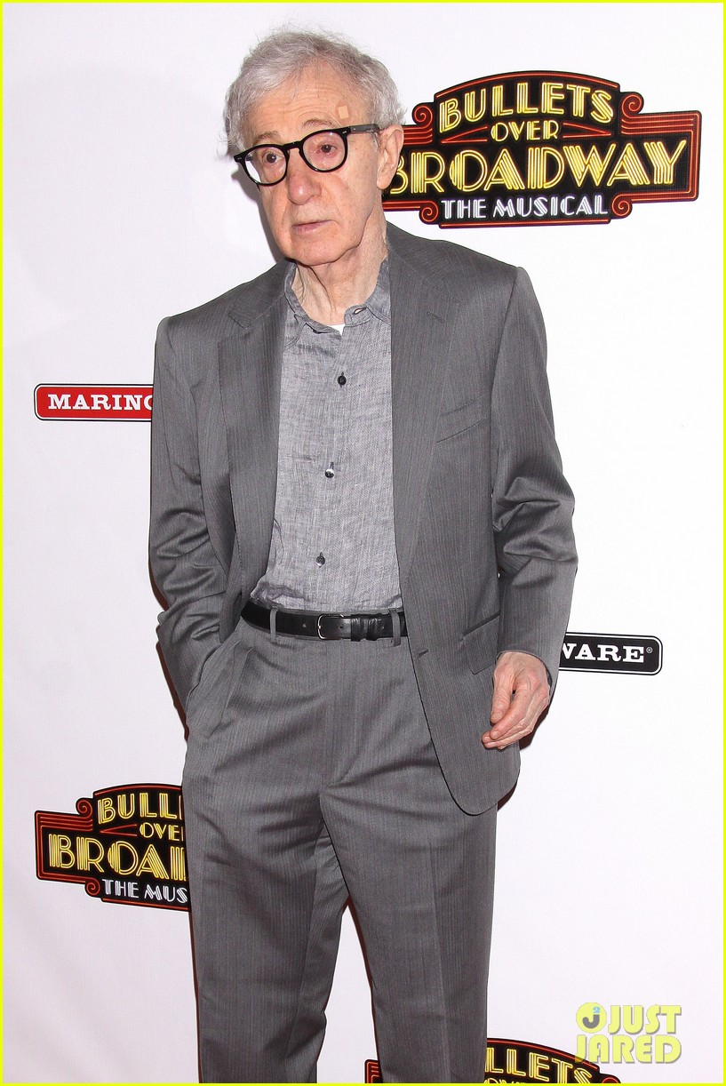 woody allen celebrates his broadway show bullets over broadways opening night 083089120