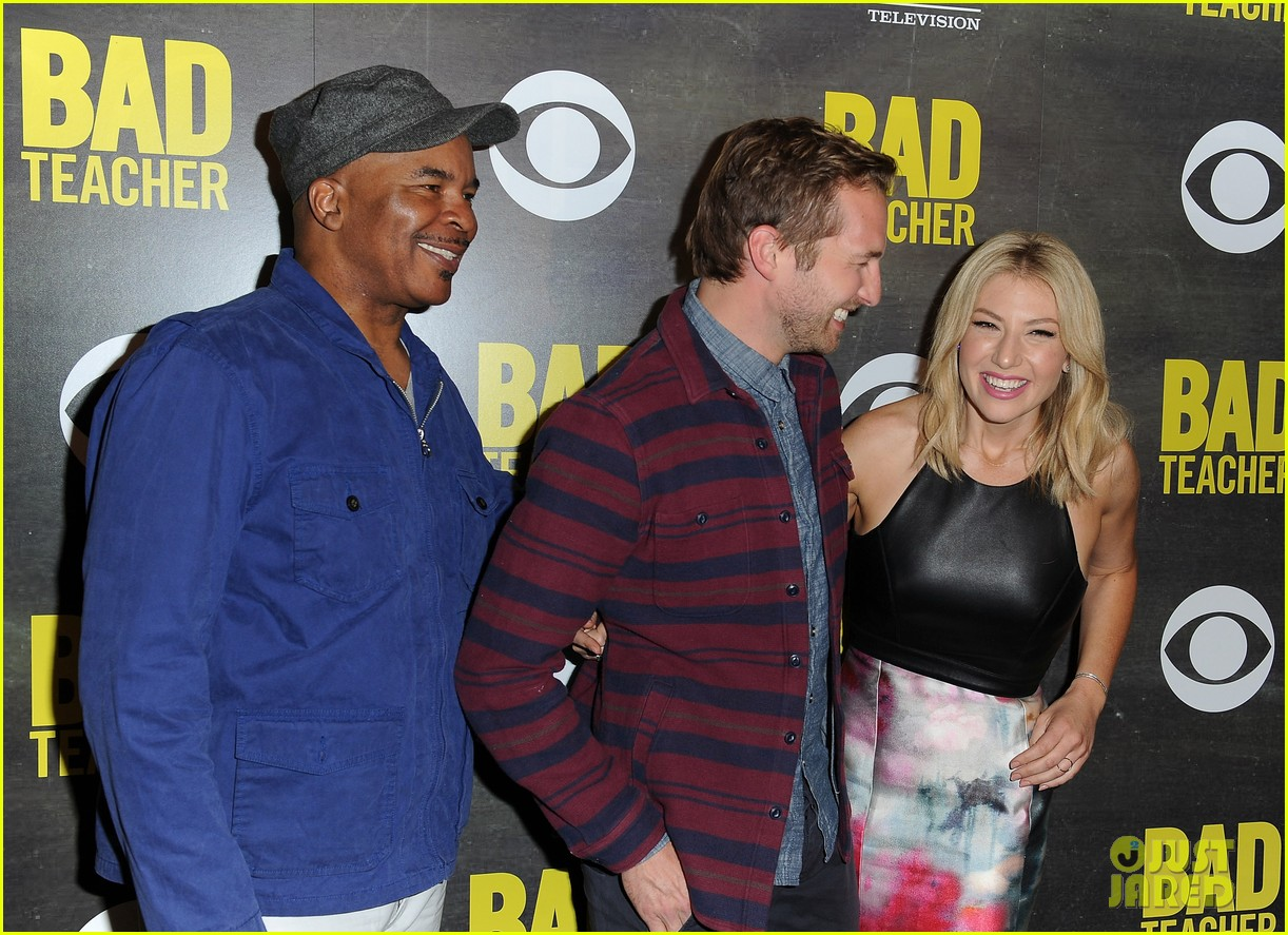 ari graynor ryan hansen are a pair of bad teachers at cbs press night 023089042