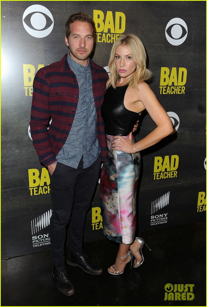 ari graynor ryan hansen are a pair of bad teachers at cbs press night 08