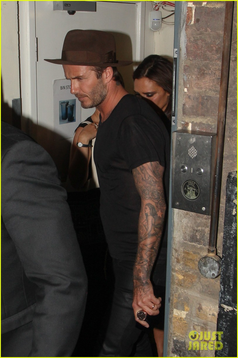victoria beckham continues bday festivities at londons arts club 123100641