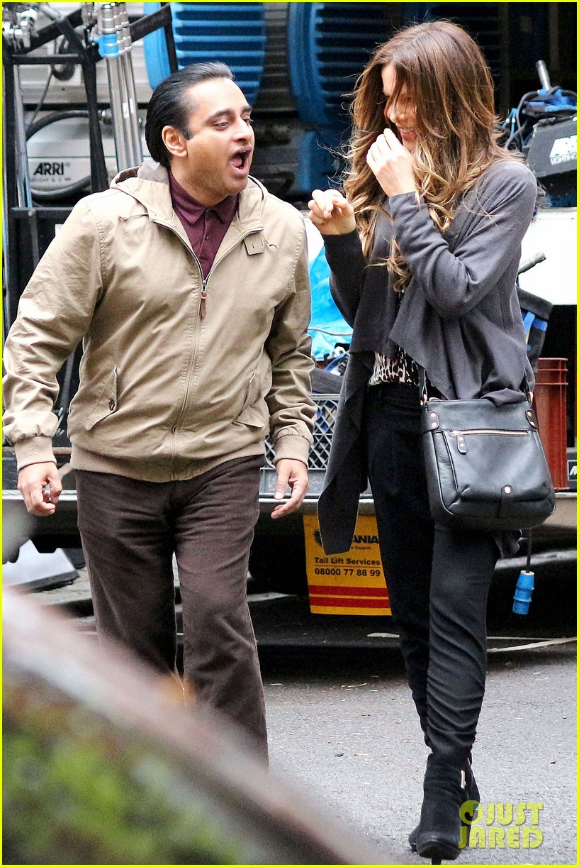kate beckinsale gets the giggles on absolutely anything set 113097619