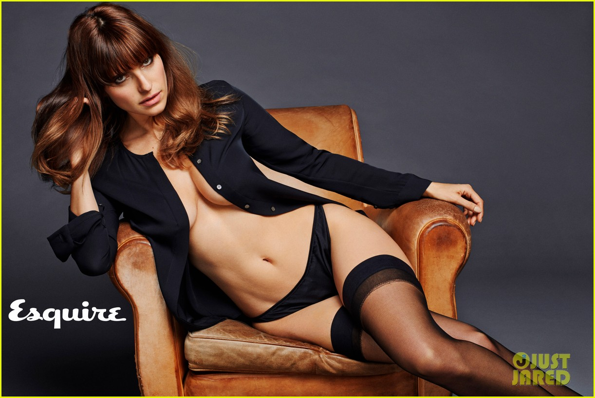 lake bell strips down topless displays amazing figure for esquire 02