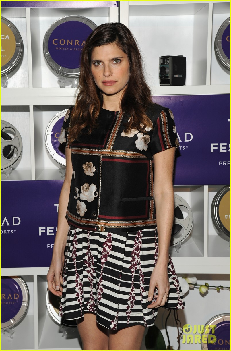 pregnant lake bell joins heather graham america ferrera at tribeca film festival awards 2014 193099111