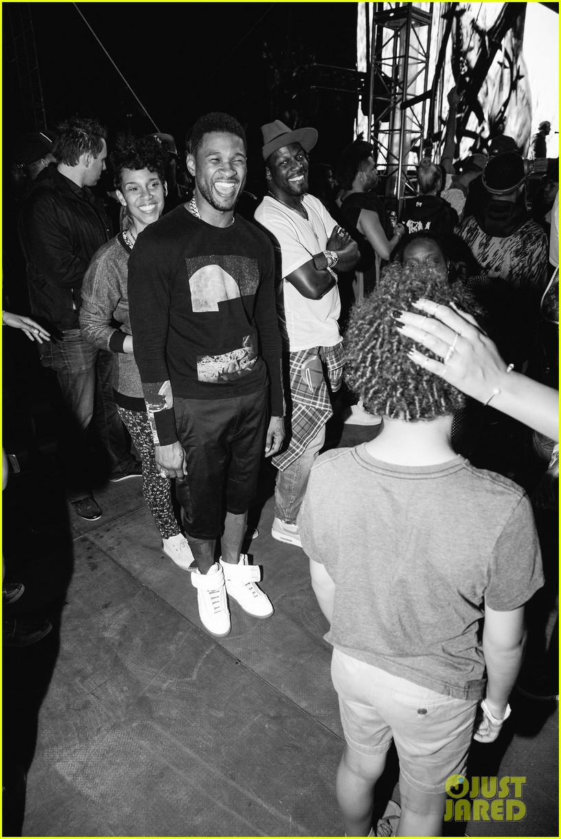 beyonce dances husband jay z coachella 11