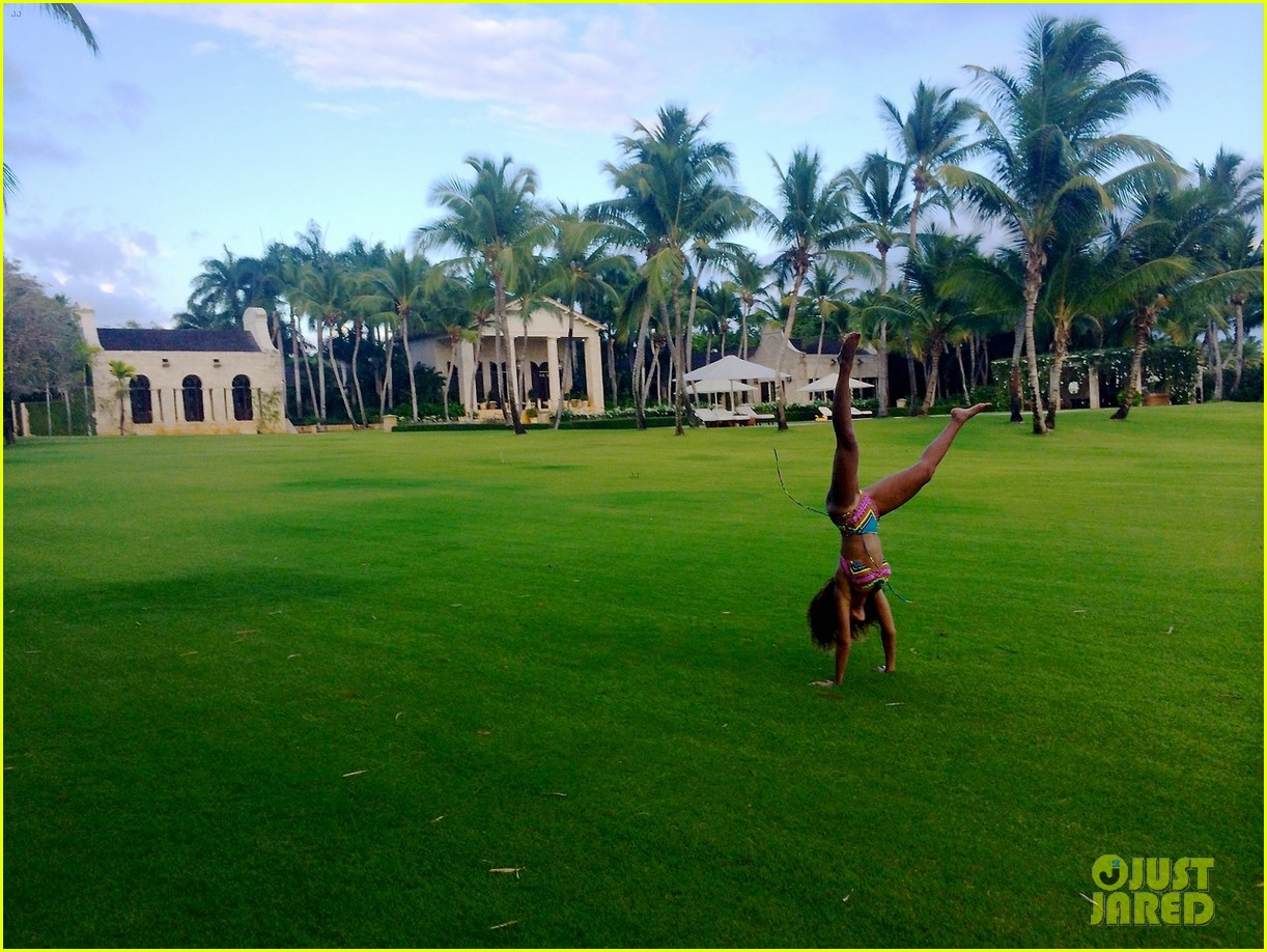 beyonce jay z blue ivy dominican republic vacation 103087928
